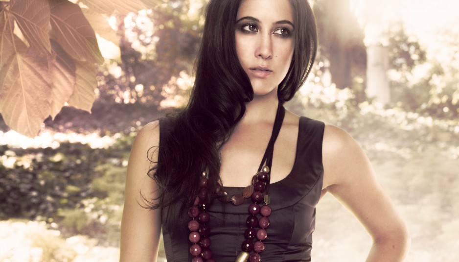 20100205030413Vanessa_Carlton_promo_photo-938x535